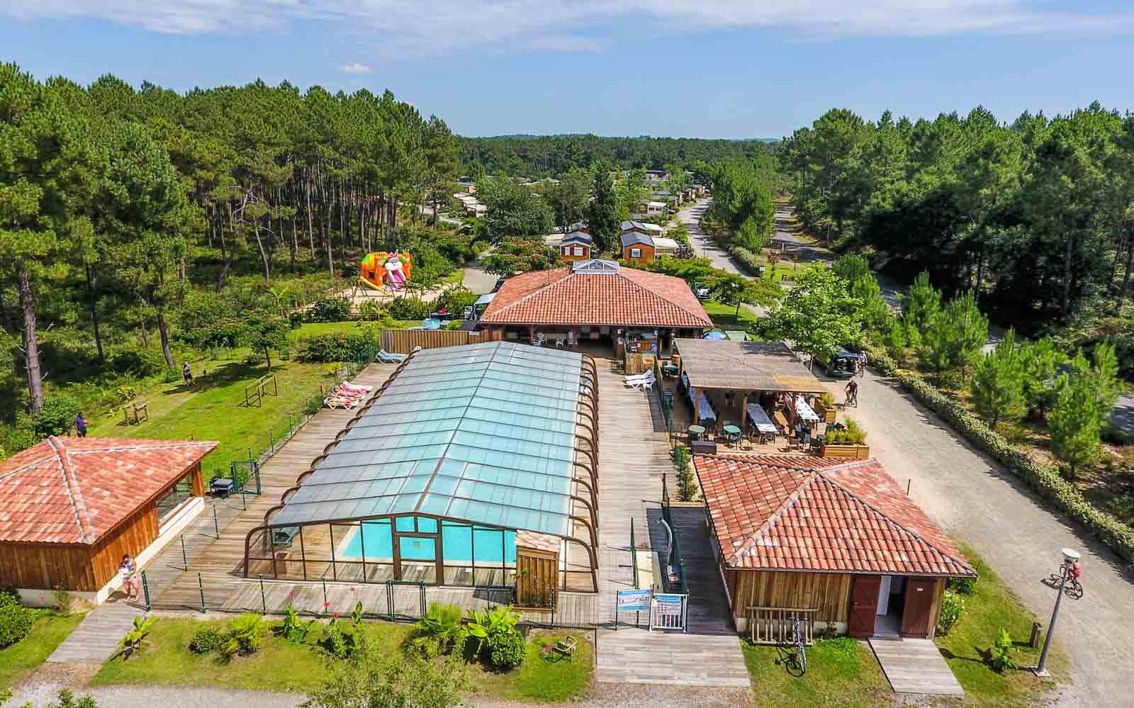 Camping landes oc anes 4 toiles location mobil home for Camping pays basque bord de mer avec piscine